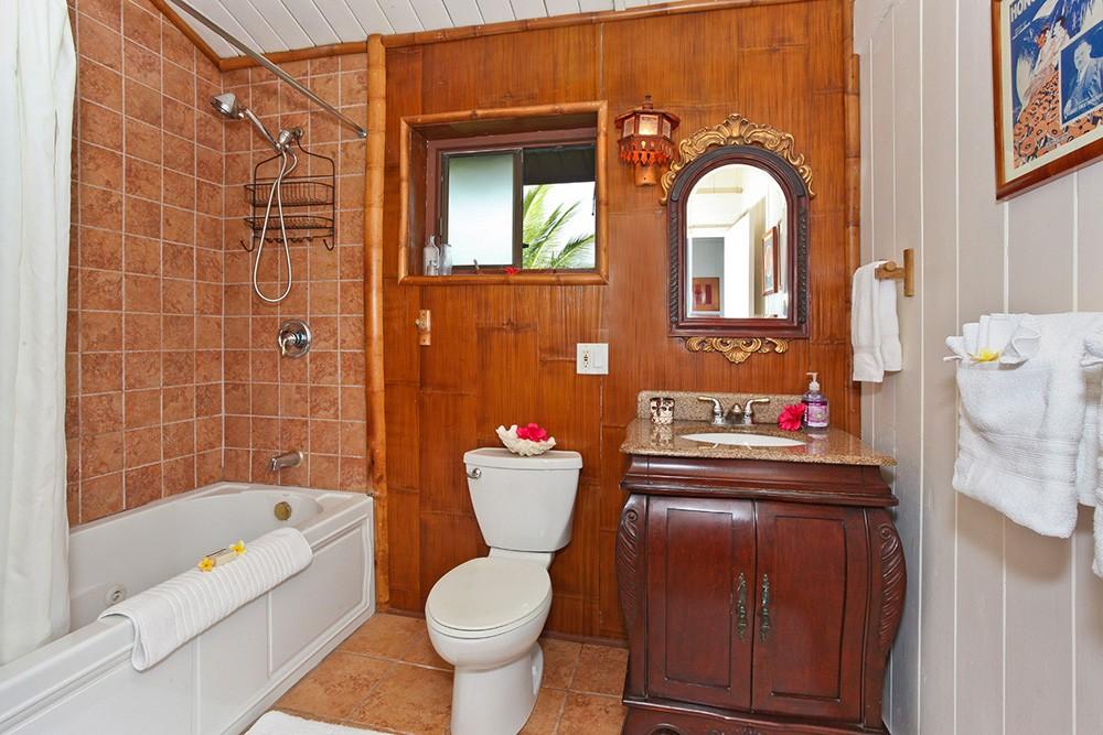 Hale Manu Bath