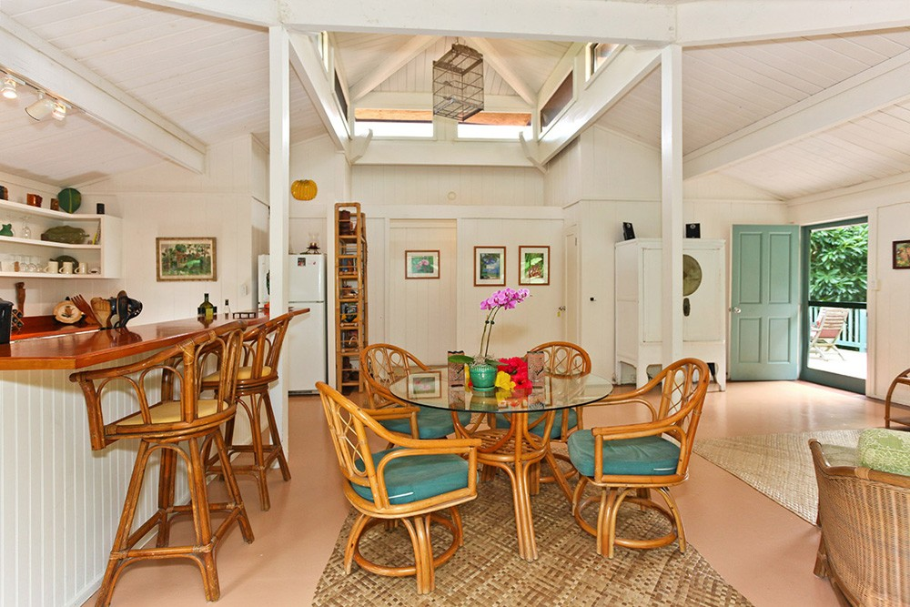 Hale Manu Living Room 2