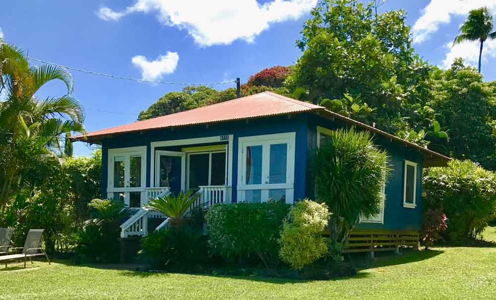 Elegant one bedroom  one bath cottage. The Guest Houses at Malanai   Elegant Hana Vacation Rental